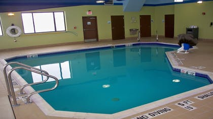 Pool | Holiday Inn Express and Suites Kittanning