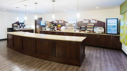 Restaurant | Holiday Inn Express & Suites Wyomissing