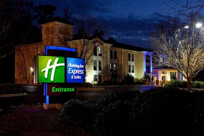 Featured Image | Holiday Inn Express Hotel & Suites Lexington-Hwy 378