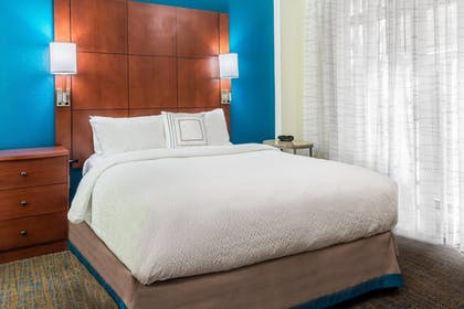 Guestroom | Residence Inn by Marriott Chattanooga Downtown