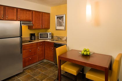 Guestroom | Residence Inn by Marriott Addison
