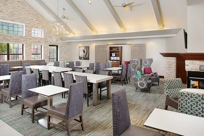 Restaurant | Residence Inn by Marriott Addison