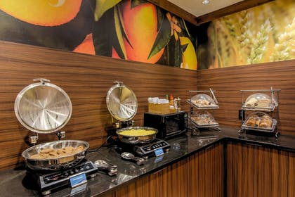 Breakfast buffet | Fairfield Inn By Marriott Potomac Mills