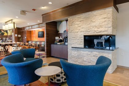 Lobby | Fairfield Inn By Marriott Potomac Mills