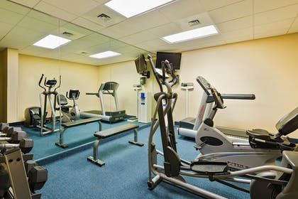 Gym   Holiday Inn Express Chester