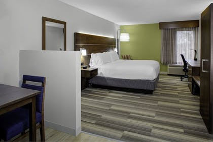 Guestroom   Holiday Inn Express Chester