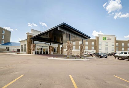 Hotel Front | Holiday Inn Express & Suites - North Platte