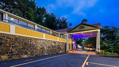 Featured Image | Best Western Fort Lee