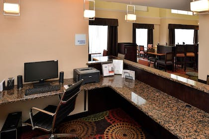 Business Center | Holiday Inn Express White House
