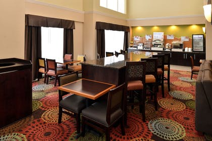 Breakfast Area | Holiday Inn Express White House