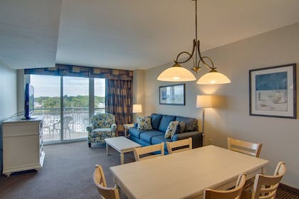 In-Room Dining   Harbourgate Marina Club by Oceana Resorts