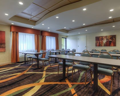 Property Amenity | Clarion Inn & Suites West Knoxville