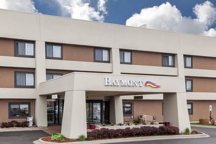 Featured Image | Baymont by Wyndham Glenview