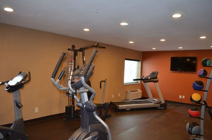Gym | Comfort Inn Mayfield Heights Cleveland East