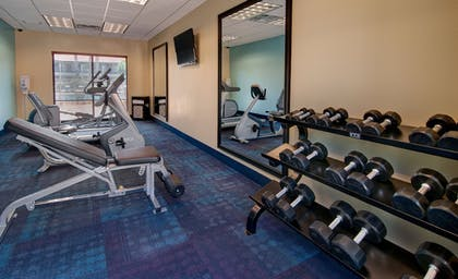 Fitness Facility | Days Inn & Suites by Wyndham Scottsdale North