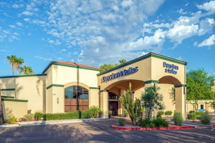 Featured Image | Days Inn & Suites by Wyndham Scottsdale North