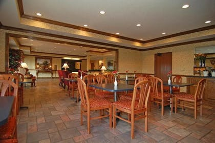 Breakfast Area   Quality Inn And Suites