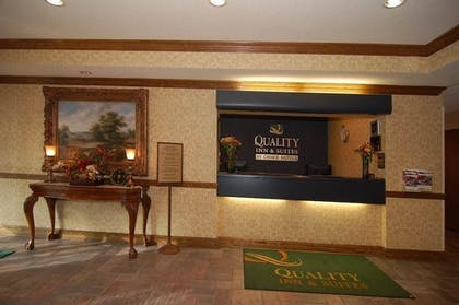 Reception   Quality Inn And Suites