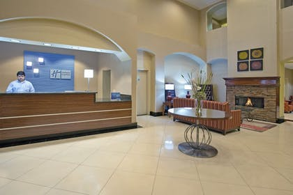 Lobby   Holiday Inn Express & Suites Rancho Mirage