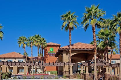 Featured Image   Holiday Inn Express & Suites Rancho Mirage