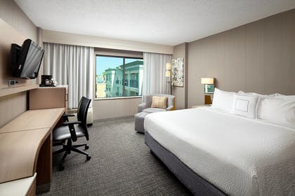 Guestroom | Courtyard by Marriott Old Pasadena