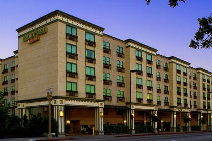 Featured Image   Courtyard by Marriott Old Pasadena