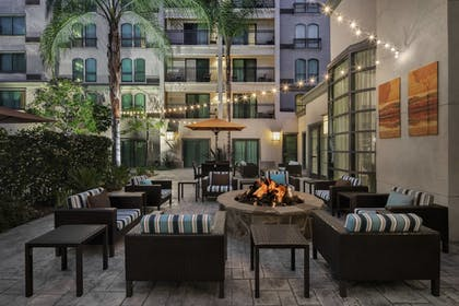 Terrace/Patio | Courtyard by Marriott Old Pasadena