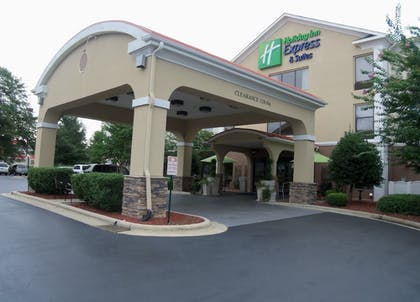 Featured Image   Holiday Inn Express Hotel & Suites SANFORD