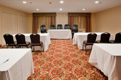 Meeting Facility | Holiday Inn Express Hotel and Suites Kinston