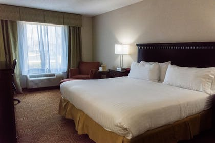 Guestroom | Holiday Inn Express Hotel and Suites Kinston