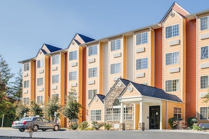 Featured Image | Microtel Inn & Suites by Wyndham Pigeon Forge