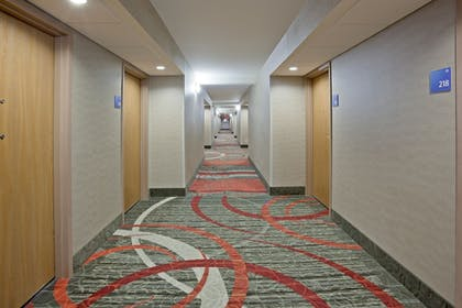 Hotel Interior   Holiday Inn Express & Suites Bloomington - MPLS Arpt Area W