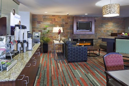 Lobby   Holiday Inn Express & Suites Bloomington - MPLS Arpt Area W