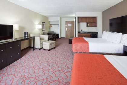 Guestroom   Holiday Inn Express & Suites Bloomington - MPLS Arpt Area W