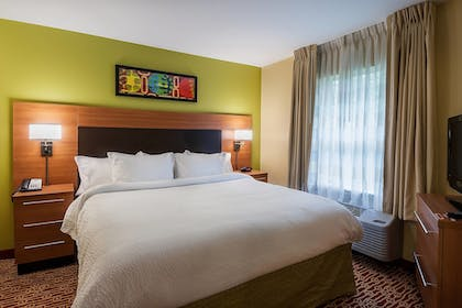 Guestroom | TownePlace Suites by Marriott Baton Rouge South
