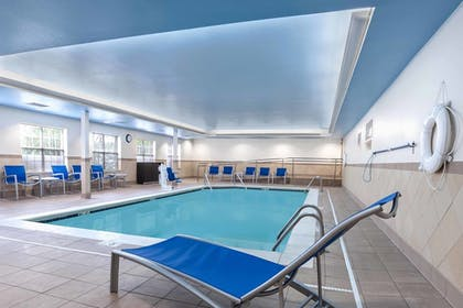 Indoor Pool | TownePlace Suites by Marriott Baton Rouge South