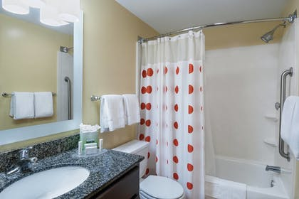 Bathroom | TownePlace Suites by Marriott Baton Rouge South