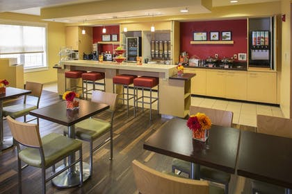 Breakfast Area   TownePlace Suites by Marriott Metairie New Orleans