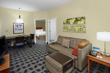 Guestroom | TownePlace Suites by Marriott San Jose Cupertino
