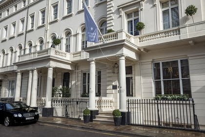 Front of Property | The Royal Park Hotel
