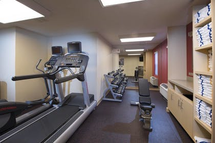 Sports Facility | TownePlace Suites by Marriott Atlanta Alpharetta