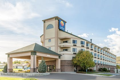 Featured Image | Comfort Inn & Suites Market - Airport