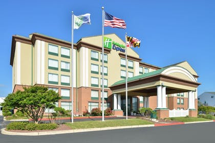 Featured Image | Holiday Inn Express Hotel & Suites Ocean City