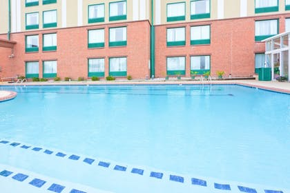 Pool | Holiday Inn Express Hotel & Suites Ocean City