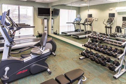Sports Facility | SpringHill Suites Peoria Westlake