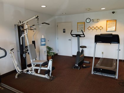 Fitness Facility | Days Inn & Suites by Wyndham Peachtree City