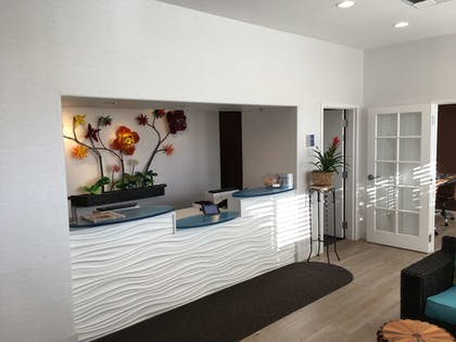 Lobby | Best Western Plus Capitola By-the-sea Inn & Suites