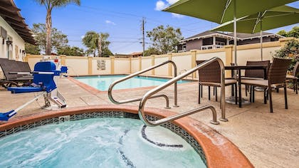 Pool | Best Western Plus Capitola By-the-sea Inn & Suites