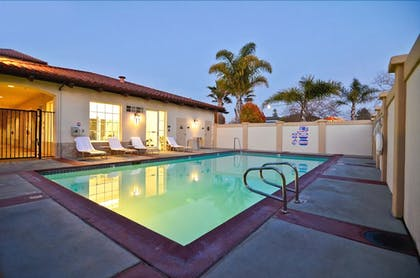Outdoor Pool | Best Western Plus Capitola By-the-sea Inn & Suites