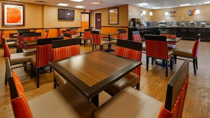 Restaurant | Best Western Plus Georgetown Corporate Center Hotel